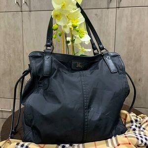 Burberry purse 👛